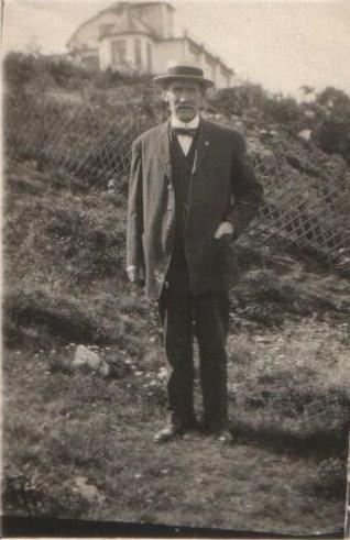15. morfar på backen