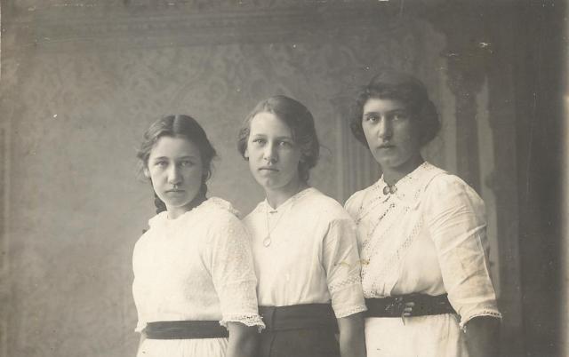 19. tre systrar